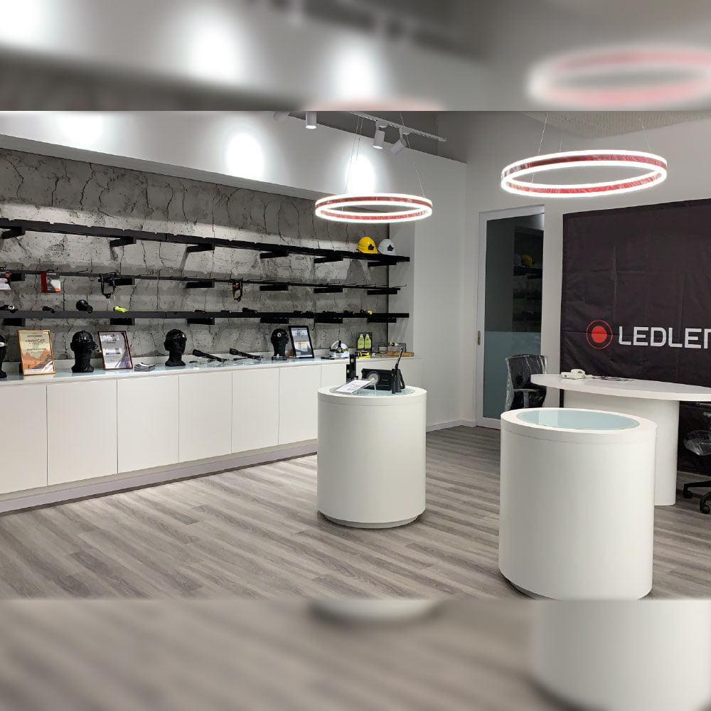 LEDLENSER-Office-Interior